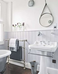 Heritage Bathroom Furniture Elegant Grey Traditional Bathroom with Dark Wood Flooring – Most Popular Modern Bathroom Design Ideas for 2019 Bathroom Sconces, Bathroom Wall, Small Bathroom, Bathroom Ideas, Bathroom Grey, Bathroom Renovations, Bathroom Paneling, Classic Bathroom, Bathroom Vanities