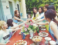 Image discovered by Jessica. Find images and videos about kpop, snsd and girls generation on We Heart It - the app to get lost in what you love. Yoona, Sooyoung, Girls Generation, South Korean Girls, Korean Girl Groups, Taeyeon Jessica, Holiday Nights, Jessica Jung, Best Albums