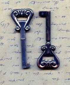 2 old vintage keys    Jul 13/5 by CoolVintage on Etsy, $11.50