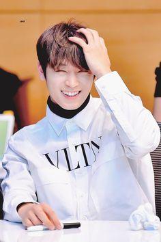 ㄴ juyeon ft. Handsome Asian Men, Handsome Boys, Boy Idols, Prince Eric, Future Boyfriend, Btob, Debut Album, Boyfriend Material, Pop Group