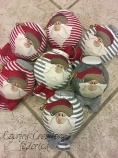 Christmas Craft Projects, Christmas Sewing, Christmas Items, Christmas Love, Holiday Crafts, Christmas Stockings, Christmas Wreaths, Christmas Decorations, Christmas Ornaments