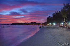 Kompong Som (Sihanoukville). Ville côtière très touristique avec weed, bars, plage,