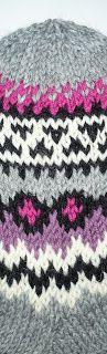 Taikutti: Ohje Kissan uni -kirjoneulesukkiin Marimekko, Knitted Hats, Beanie, Crochet, Uni, Socks, Tricot, Knit Hats, Crochet Hooks