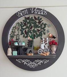 """QUADRO BEM VINDOS <br> <br>Nosso jeitinho de decorar e combinar as cores em casa são consideradas símbolo de boas vindas <br>Deixe a alegria das cores entrar na sua casa! <br> <br>Também pode ser uma Belíssima Sugestão de Presente como! <br>Aniversario ... Amigo ... Casamento ou Ocasião Especial <br> <br>"""" Orçamentos ou duvidas estamos a disposição """""""