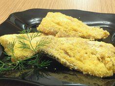 Macrou cu mălai la cuptor Cornbread, Meat, Chicken, Ethnic Recipes, Facebook, Food, Millet Bread, Essen, Meals