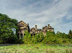 Dan Raven #abandoned #house #haunted #creepy