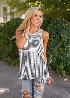 Online boutique. Best outfits. Look At Me Now Tank Black/White releases - Modern Vintage Boutique