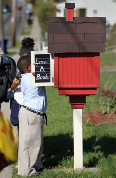 Bob Cheshier's legacy lives on in the Little Free Libraries he placed near Cleveland schools
