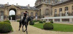Musée du Cheval • Chantilly France http://www.domainedechantilly.com/domaine-de-chantilly/nouveau-mus%C3%A9e-du-cheval-grandes-ecuries