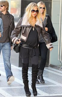 Glamouricious: Stylish and Pregnant