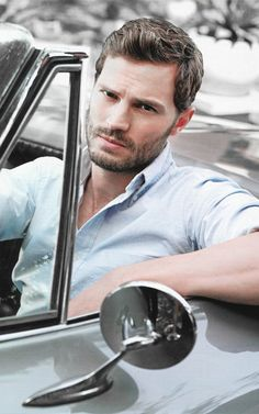 Jamie Dornan / ''You have 5 seconds to get in this car'' !!