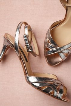 Gorgeous, versatile wedding pump! Love the glam metallic color and modest heel. Perfect for lots of wear after the wedding.