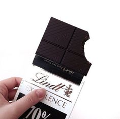 Lindt does not really taste good. Chocolates, Yummy Treats, Sweet Treats, Yummy Food, Blackberry Syrup, Junk Food, I Love Food, Cravings, Sweet Tooth