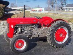 massey_ferguson_35_tractor___gas___restored_1_lgw.jpg (1600×1200)