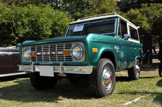 1976 Ford Bronco.