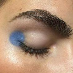 blue eyeshadow looks ; blue eyeshadow for brown eyes ; blue eyeshadow looks step by step ; blue eyeshadow looks for brown eyes ; blue eyeshadow for black women Makeup Inspo, Makeup Art, Makeup Inspiration, Beauty Makeup, Hair Makeup, Dress Makeup, Makeup Meme, 60s Makeup, Makeup 2018
