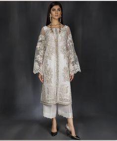 Trendy Ideas For Wedding Lengha Bridal Lehenga Anarkali Pakistani Fashion Party Wear, Pakistani Dress Design, Pakistani Outfits, Indian Outfits, Hijab Fashion, Indian Fashion, Fashion Dresses, Dress Brokat, Indian Bridal Wear