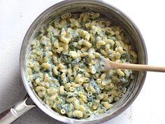 Creamy Pesto Mac with Spinach - BudgetBytes.com