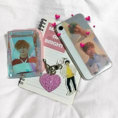 Kpop Phone Cases, Cute Phone Cases, Iphone Cases, Cell Phone Covers, Photo Phone Case, Diy Phone Case, Army Room Decor, Kpop Diy, Aesthetic Phone Case
