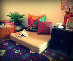 Housedelic   A cozy reading nook bursting with color!   www.housedelic.com