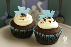 blue birds Curiosity, Blue Bird, Cupcakes, Birds, Desserts, Food, Tailgate Desserts, Cupcake Cakes, Deserts