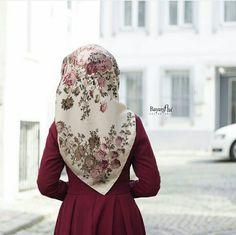 Hijabi Girl, Girl Hijab, Hijab Outfit, Turkish Hijab Style, Head Scarf Tying, Islam Women, Hijab Trends, Muslim Women Fashion, Afghan Dresses