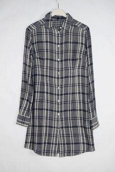 Vestido camisero Stery de Corleone, perfecto para un look casual. Estampado cuadro escocés en tonos malva, interior de cuadro vichy y detalle perlado en la espalda con el símbolo de la marca. Malva, Glamour, Plaid, Blazer, Interior, Jackets, Shirts, Tops, Women