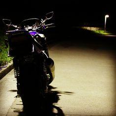kawasaki_ZRX1100_night run