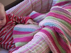 Manta de Crochet en lana a rayas