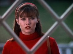 "The Skivvy and Headband Combo | Community Post: Brenda Walsh's Style Crimes On ""Beverly Hills 90210"""