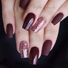 35 Outstanding Short Coffin Nails Design Ideas For All Tastes - acrylic nails Fancy Nails, Trendy Nails, My Nails, Burgundy Nail Designs, Burgundy Nails, Maroon Nails, Coffin Nails, Acrylic Nails, Matte Nails