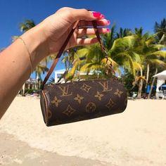 Chloe Handbags, Fall Handbags, Fashion Handbags, Purses And Handbags, Fashion Bags, Fashion Fashion, Runway Fashion, Trendy Fashion, Fashion Trends