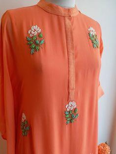 Embroidery Fashion, Embroidery Dress, Zardozi Embroidery, Simple Embroidery, Embroidery Stitches, Embroidery Designs, Kurta Designs, Blouse Designs, Embroidery Suits Punjabi