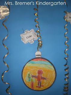 Mrs. Bremer's Kindergarten: Christmas Bulletin Board and Gingerbread Men Craft