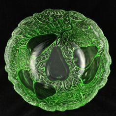 Avocado Salad Serving Bowl Green Depression Glass Indiana Vintage