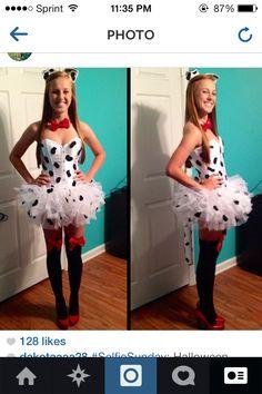 DIY Dalmatian costume! Funny Couple Halloween Costumes, Halloween Items, Disney Halloween, Holidays Halloween, Diy Costumes, Happy Halloween, Halloween Party, Costume Ideas, Couple Costumes