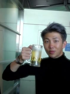 LOOK at this rosy cheeked cutie and his beer mug im cryin