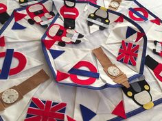 London bunting theme by Bettybuntings on Etsy https://www.etsy.com/uk/listing/189796562/london-bunting-theme