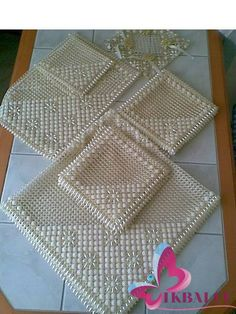 Discover thousands of images about Bling Wedding Centerpieces, Art N Craft, Bargello, Loom Weaving, Plastic Canvas, Beaded Jewelry, Needlework, Cross Stitch, Diy Crafts