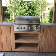 Modern Outdoor Kitchen, Backyard Kitchen, Outdoor Living, Outdoor Decor, Custom Bbq Pits, Diy Garden Furniture, Bbq Area, Pergola Patio, Barbecue