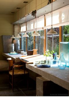 Killer window desk. I'd change up the chair and the decor, but I'm diggin' this. Apparently, the property this room is from is worth 3.9 million dollars. http://austin.curbed.com/2016/4/25/11504928/austin-home-sale-price-design-garden-westlake