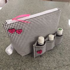 Classic herringbone Essential Oils Bag and Purse Insert. Perfect gift for an essential oiler! Handmade set by www.CapeCodSewingCreates.etsy.com. Check out my shop for other colors and patterns. I also do custom work. Thanks for shopping with me!