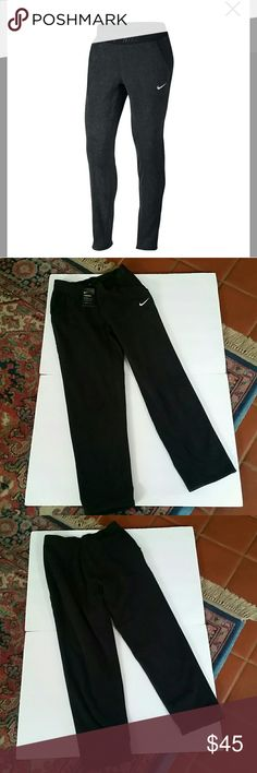 Women's Nike Therma Pants PRODUCT FEATURES: Nike Therma fabric helps keep you warm Elastic waistband provides a comfortable, secure fit Tapered design reduces distractions Side slash pockets help keep hands warm and offer convenient storage Flat seams throughout are smooth against the skin  FIT & SIZING: 30-in. approximate inseam  FABRIC & CARE: Polyester Machine wash  ✌ Price FIRM unless bundled Nike Pants