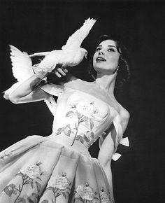 """""""Funny Face"""" Audrey Hepburn 1956 Paramount"""