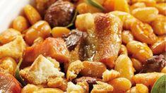 Κασουλέ: Δίνει νέα διάσταση στα όσπρια! - Pentapostagma.gr : Pentapostagma.gr Pork, Ethnic Recipes, Sweet, Kale Stir Fry, Candy, Pork Chops