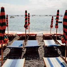 The see-and-be-seen Fronillo beach chairs.