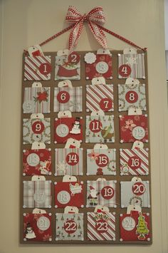 Honey We're Home: Christmas Craft- Advent Calendar http://honeywerehome.blogspot.com/2011/11/christmas-craft-advent-calendar.html