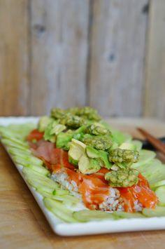 Helppo sushisalaatti / An easy sushi salad Sushi Salad, Tacos, Ethnic Recipes, Easy, Food, Meal, Essen, Hoods, Meals
