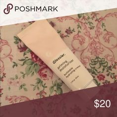 Glossier Priming Moisturizer Used twice. No trades please. Glossier Makeup