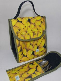 Sac Lunch, Lunch Box, Back Bag, Patchwork Bags, Fabric Bags, Handmade Bags, Purses And Bags, Sewing Projects, Creations